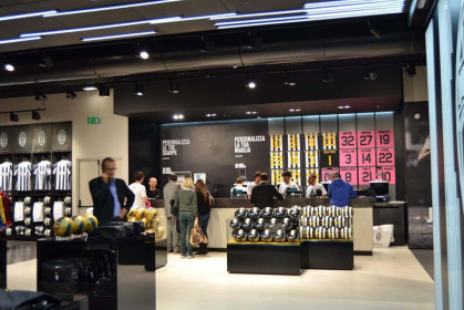 Juventus Store (TO)